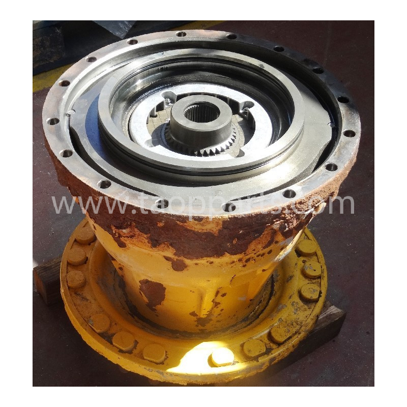 Volvo Final drive 55555-00040 for L110E · (SKU: 50986)