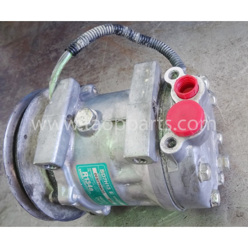 Compressor Komatsu 423-S62-4330 WA470-6 · (SKU: 51148)
