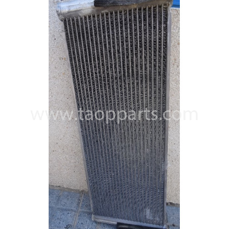 Refroidisseur Huile hydraulique Komatsu 421-03-44140 pour WA470-6 · (SKU: 5475)