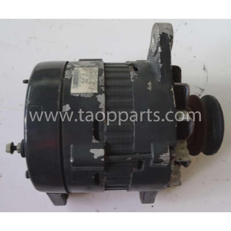 Alternador 600-825-5220 para Pala cargadora de neumáticos Komatsu WA470-6 · (SKU: 51356)