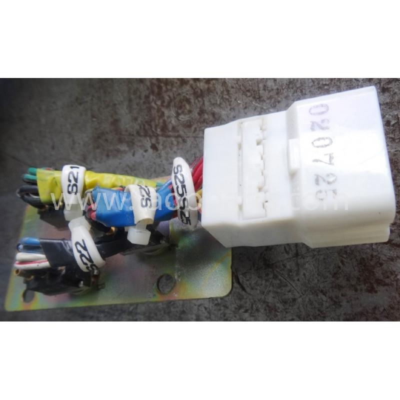 Interrupteur [usagé|usagée] 22U-06-22370 pour Pelle sur chenille Komatsu · (SKU: 51492)