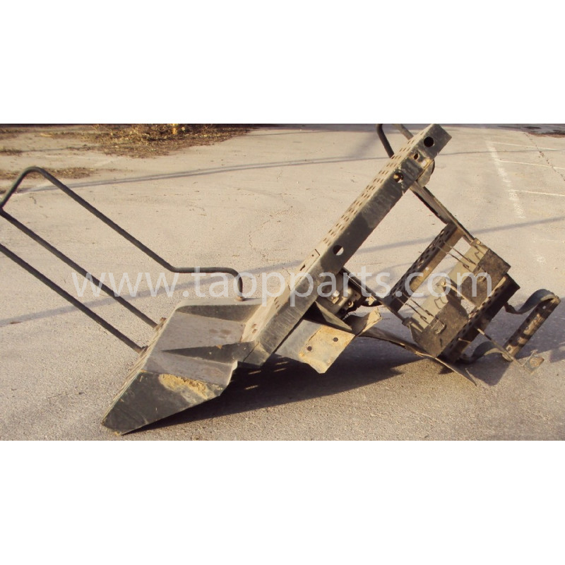 Escalier [usagé usagée] Komatsu 421-54-H4G50 pour WA470-5 · (SKU: 2348)