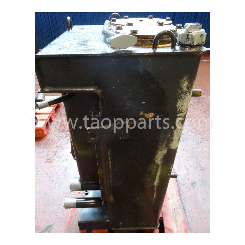 Reservoir hydraulique Komatsu 423-60-H5221 pour WA430-6 · (SKU: 1398)