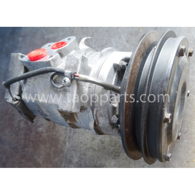 Komatsu Compressor 20Y-979-6121 for PC340LC-7K · (SKU: 51594)
