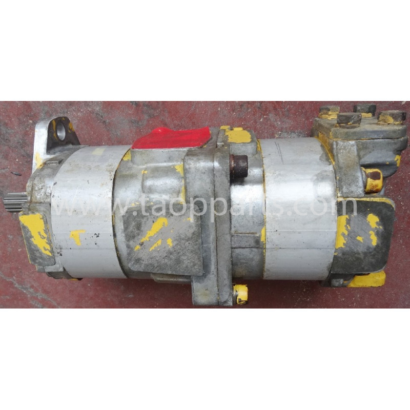 Pompa Komatsu 705-51-20830 pentru D65PX-15E0 · (SKU: 5304)