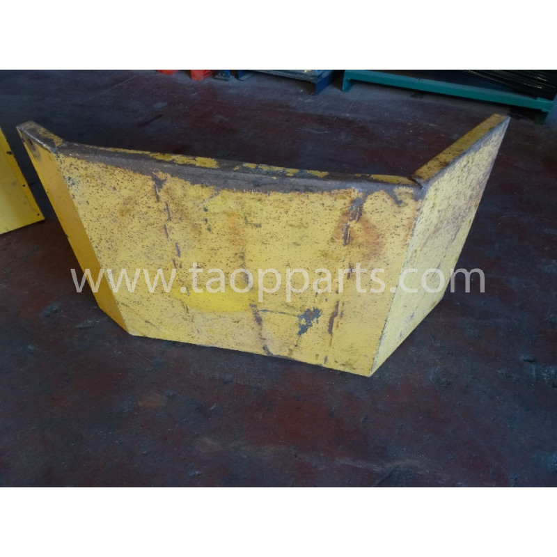Volvo Fender 11108092 for L220D · (SKU: 4543)