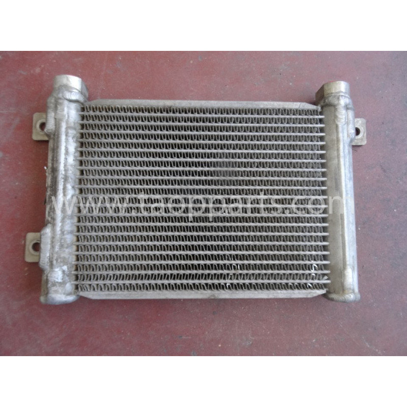 Komatsu Hydraulic oil Cooler 14X-03-35140 for D65PX-15E0 · (SKU: 5126)