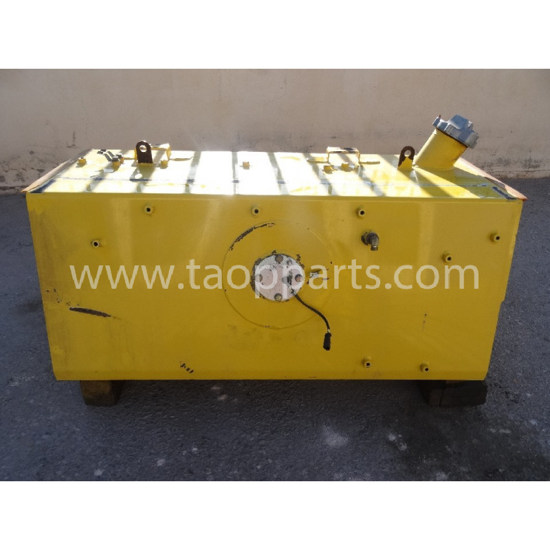 Deposito Gasoil Komatsu 14X-04-32140 pentru D65PX-15E0 · (SKU: 51850)