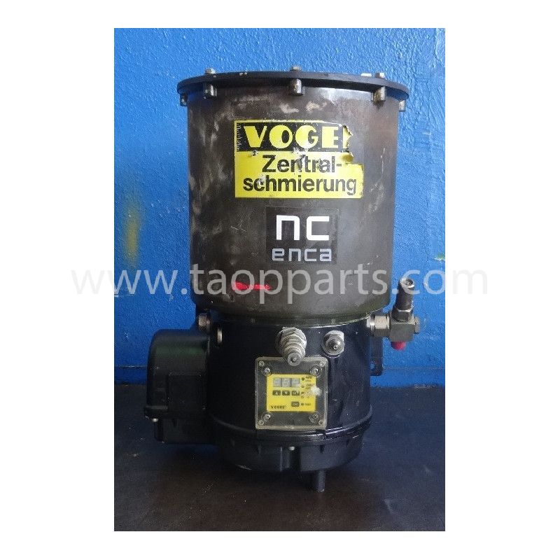 Komatsu Grease pump 425-09-H0190 for WA500-3 · (SKU: 51933)