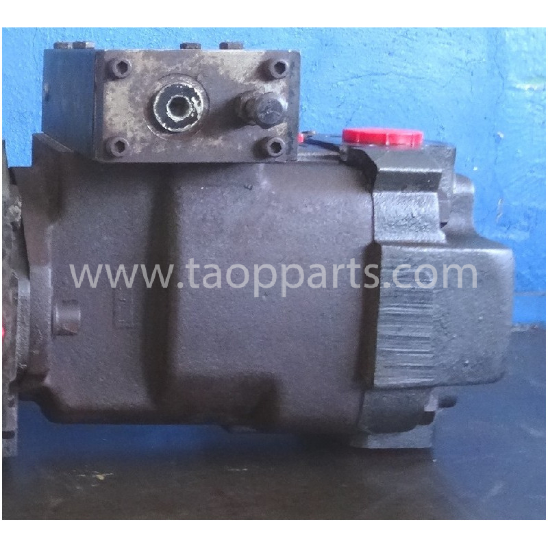 Volvo Pump 15068597 for L150E · (SKU: 50797)