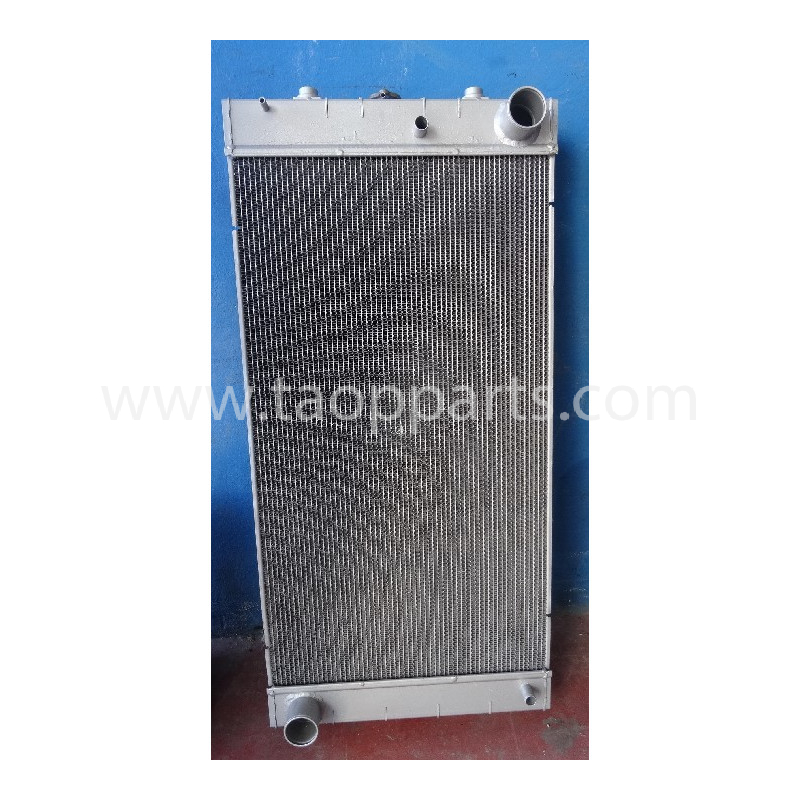 Radiador Komatsu 14X-03-35111 para D65PX-15E0 · (SKU: 5124)