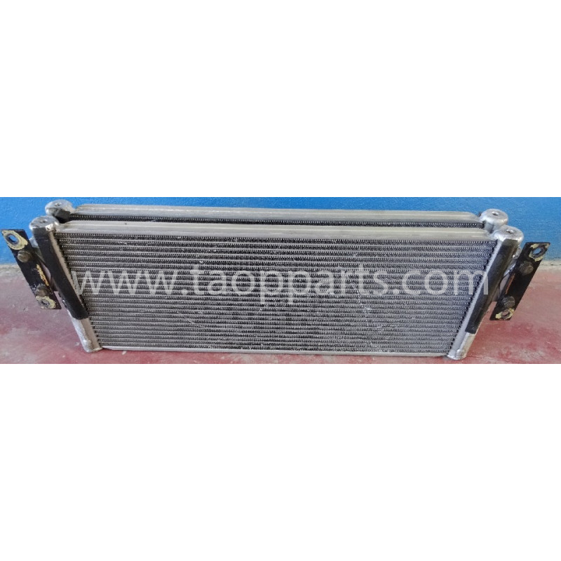 Enfriador de aceite hydraulico Komatsu 421-03-44130 para WA470-6 · (SKU: 1165)