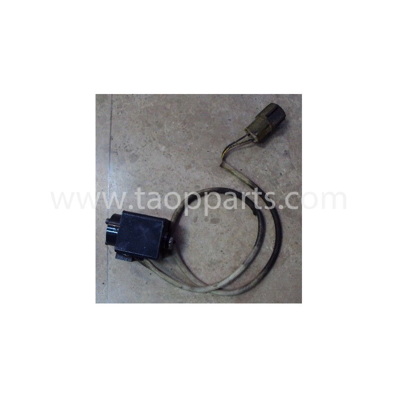 Solenoid Komatsu 6553-81-3220 pentru HD465-5 · (SKU: 668)