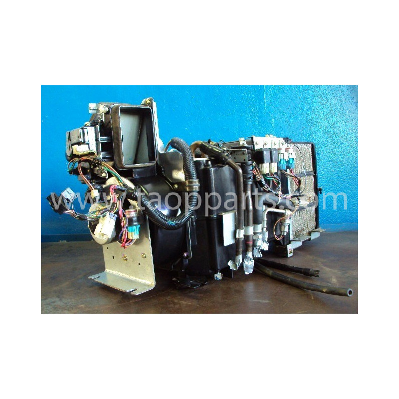 Komatsu Fan assy 20Y-979-3712 for PC340-6 · (SKU: 672)