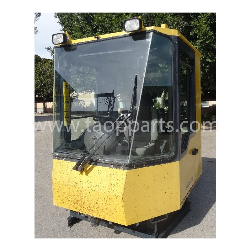 Cabina Komatsu 425-56-H1300 de Pala cargadora de neumáticos WA500-3H · (SKU: 52353)