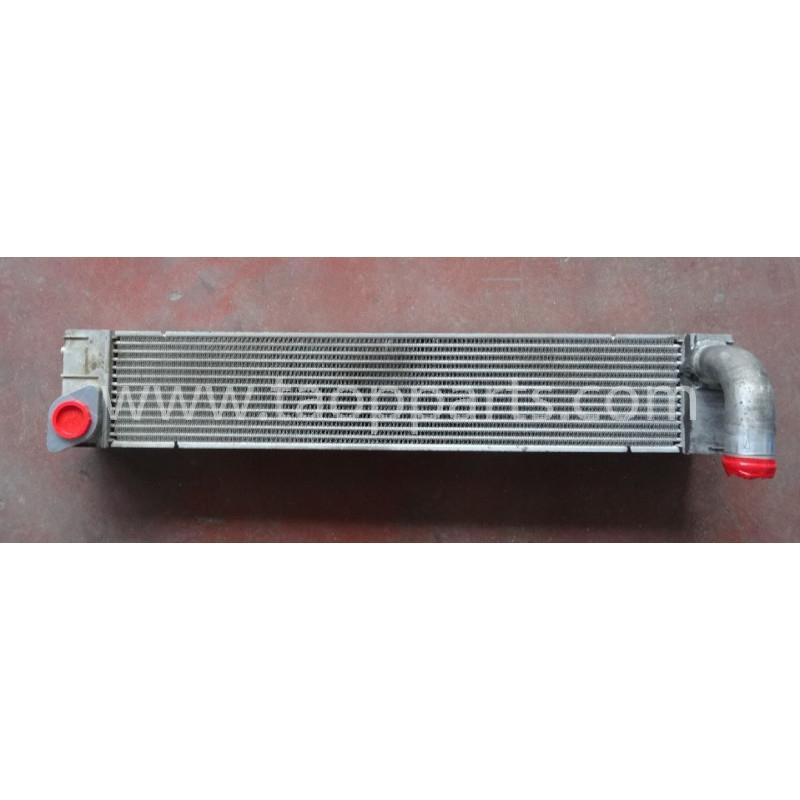 Refroidisseur d'air Komatsu 20Y-03-41131 pour PC210LC-8 · (SKU: 51082)