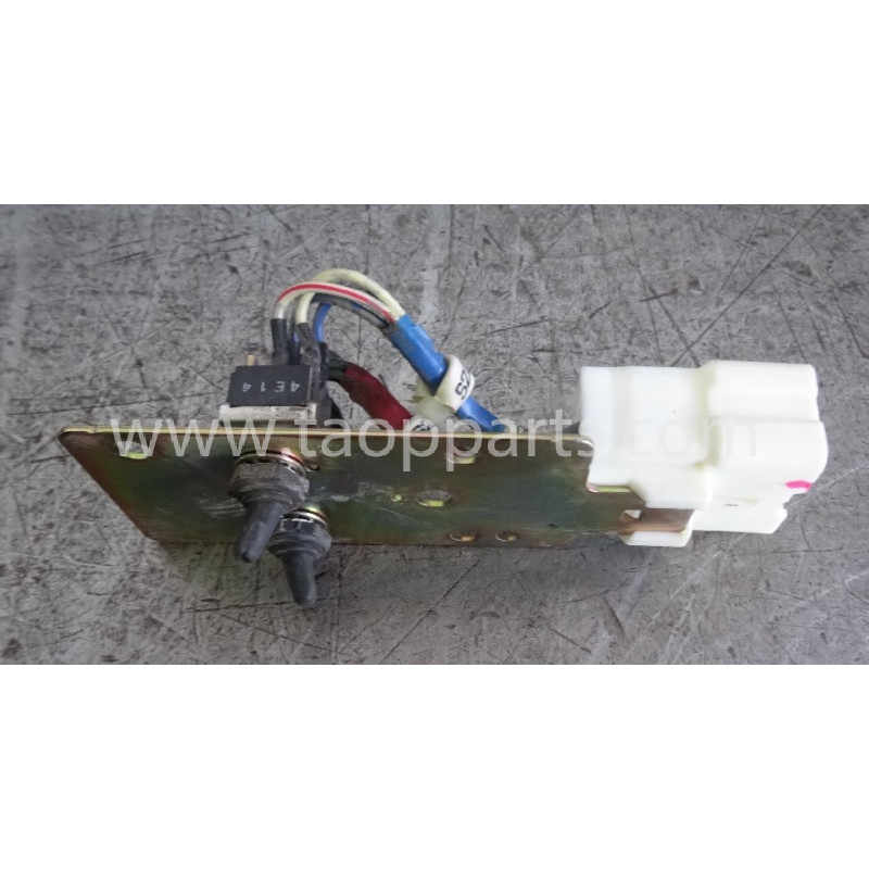 Interruptor Komatsu 20Y-06-31320 para PC210LC-7K · (SKU: 52852)