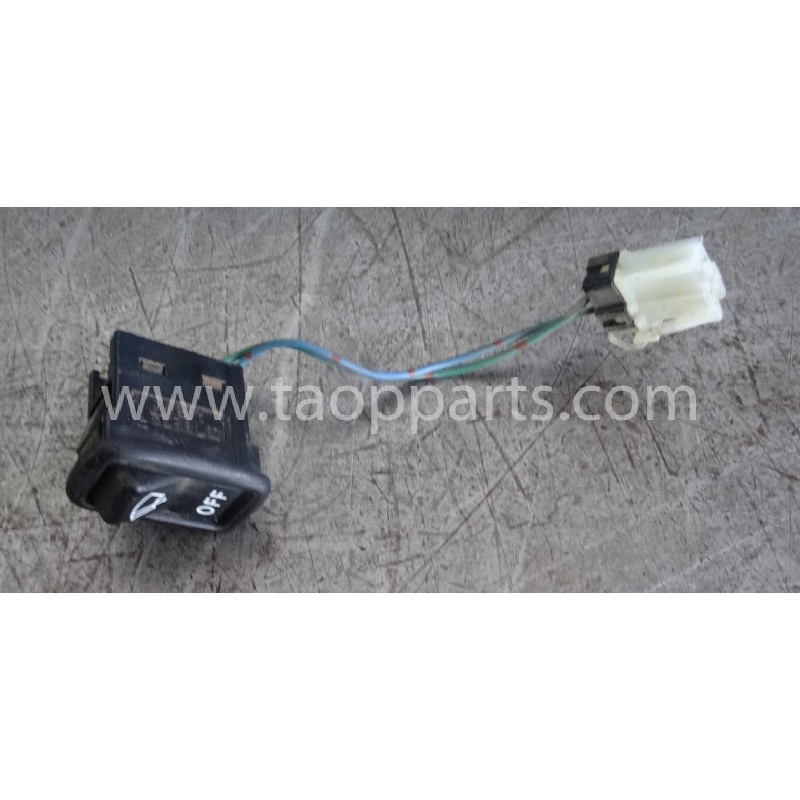 Interruptor Komatsu 20Y-06-31350 para PC210LC-7K · (SKU: 52860)