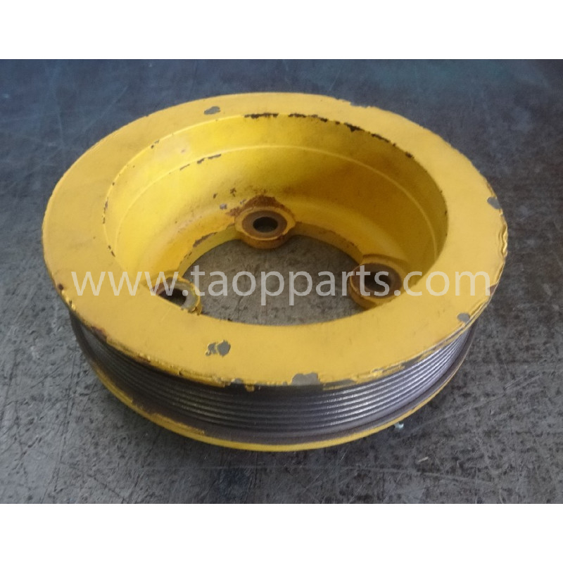 Komatsu Pulley drive 6742-01-0520 for PC340-6 · (SKU: 52987)