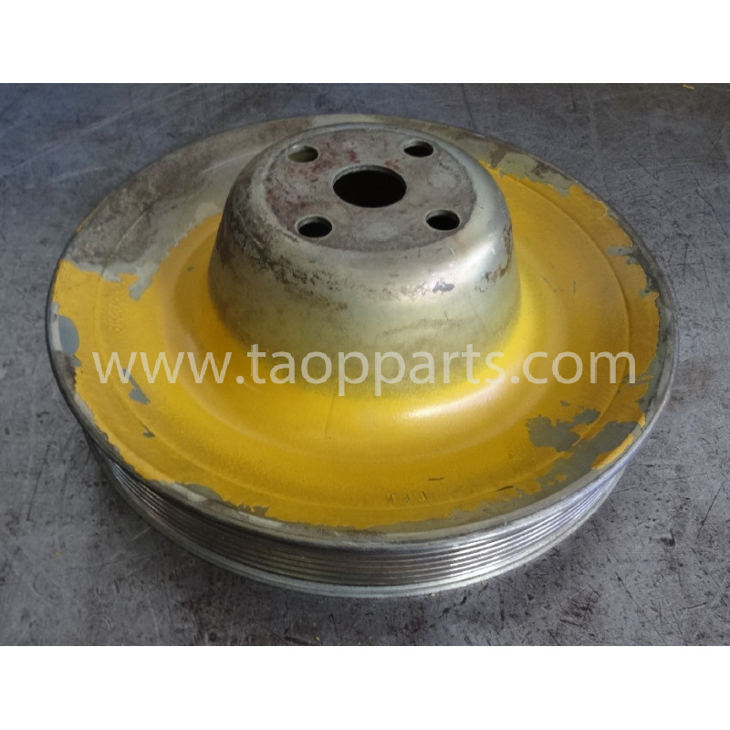 Komatsu Pulley drive 1304821H1 for PC340-6 · (SKU: 52988)