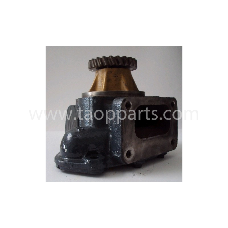 Komatsu Water Pump 6151-62-1104 for PC450-6 · (SKU: 710)