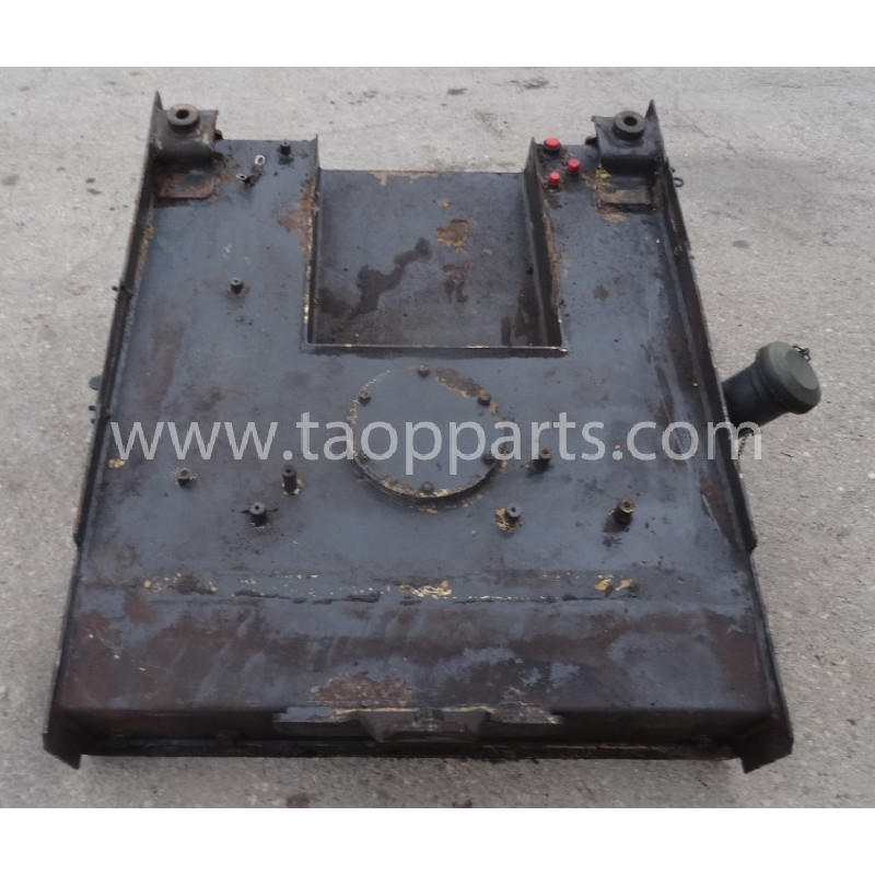 Deposito Hidraulico Komatsu 421-04-H1540 para WA480-6 · (SKU: 52521)