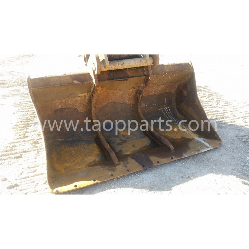 Komatsu Equipments and body 55555-00051 for PC240LC-7K · (SKU: 53310)