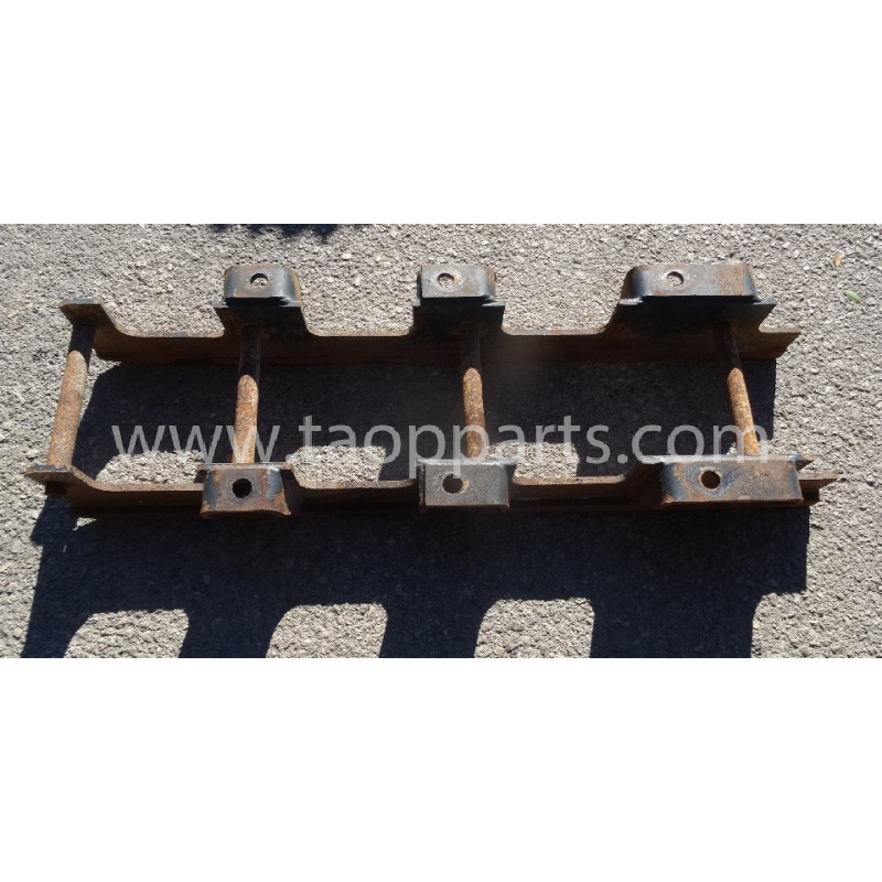 Komatsu Roller guard 207-30-77220 for PC350-8 · (SKU: 53387)