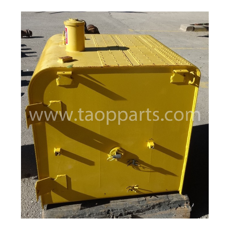 Deposito Gasoil Komatsu 207-04-75111 para PC350-8 · (SKU: 53395)