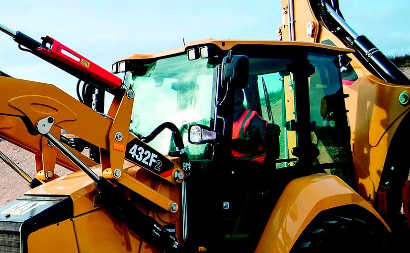 La seguridad del operador de excavadoras, palas, dumpers, bulldozers: normas fundamentales y buenas prácticas