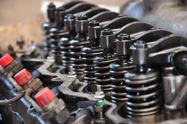 O motor: o elemento que converte energia em força hidráulica